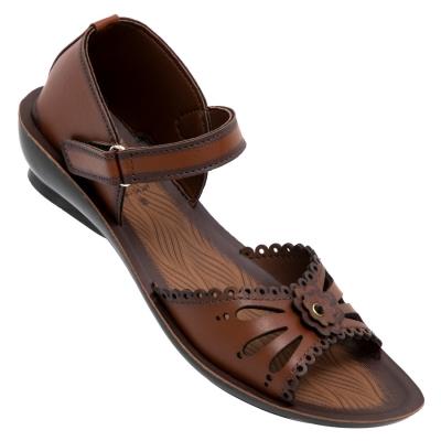 Walkaroo Casual Slippers 13909