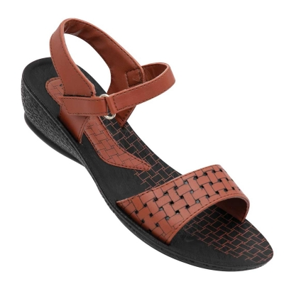 Walkaroo Casual Slippers 13905