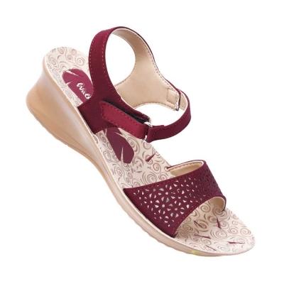Walkaroo Casual Slippers 13903