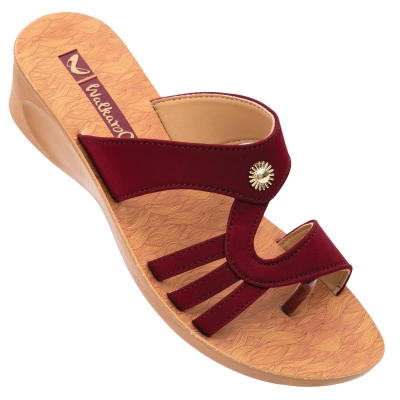 Walkaroo Casual Slippers 13816